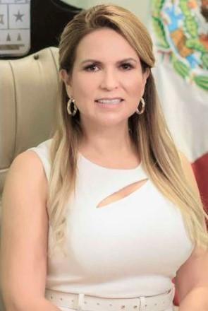 Diputada Lili Campos traicionó a los quintanarroenses; trabaja solo para Carlos Joaquín