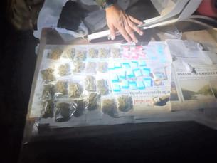 Canino localiza droga dentro de narcotiendita disfrazada de local de artesanías en la Quinta