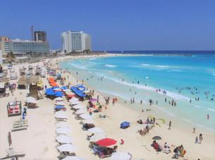 En desacuerdo hoteleros de Cancún por desaparecer fines de semana largos