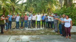 Se reúne diputado Gustavo Miranda con habitantes de la comunidad Nicolás Bravo