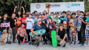 Resaltan jóvenes en torneo de skateboard para sana convivencia