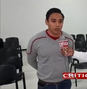 Raúl Fernández usurpador de funciones presume trabajar para Carlos Joaquín; con página falsas ataca