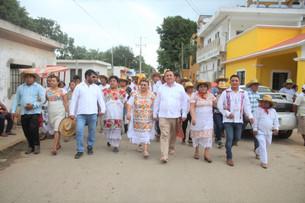 Domingo de fiesta Kantunilkín; celebra Mena Villanueva el Convite