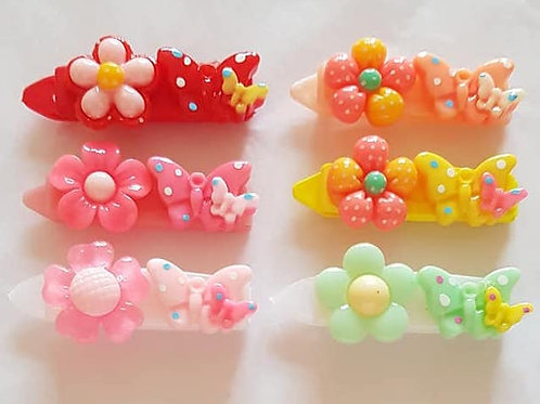 4.5 cm Clips with Daisy and Butterfly