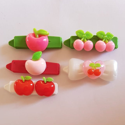 4.5 cm Decorated Clips with Cherries