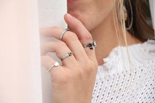 Merek Ring