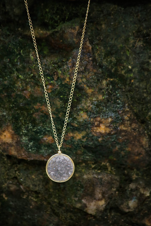 Agate Necklace in Gold