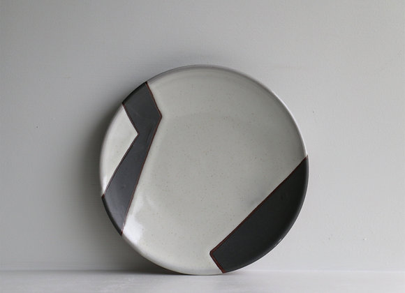 Black and white abstract lunch plate 2
