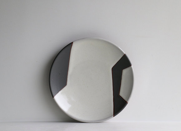 Black and white abstract lunch plate 1