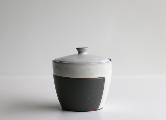 Black square jar