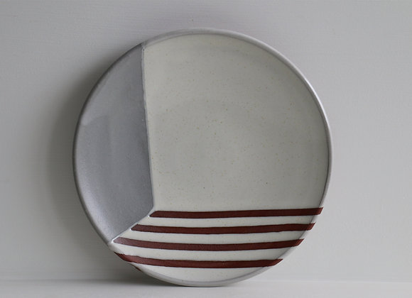 Grey striped lunch plate