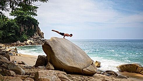 Tutoriales-de-yoga-Xinalani-01.jpg
