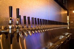 Tap-Growler-House-Taps-Line-Up