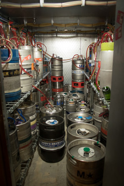 Taps-Growler-House-Vancouver-WA-Beer-Kegs