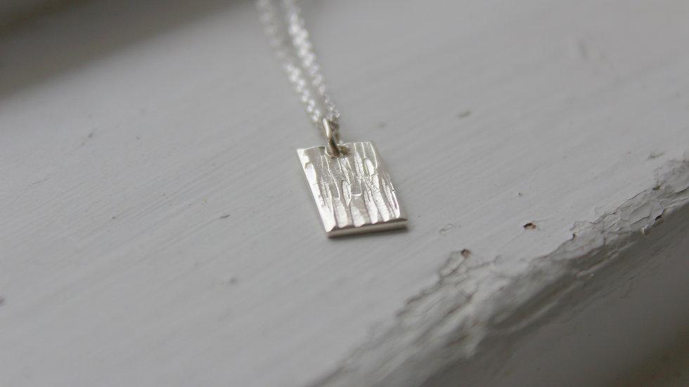 Silberankerkette mit geklopften Plättchen