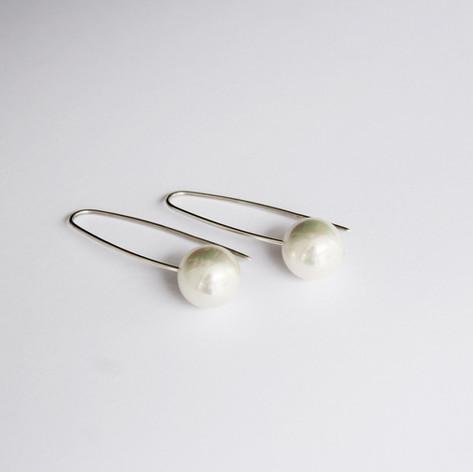 Perlenohrgehänge lang in Silber!