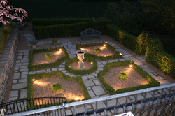 Parterre by night