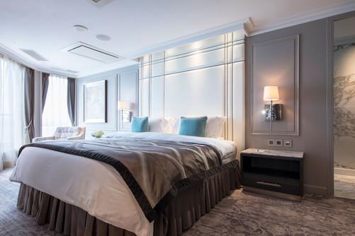 Crystal Penthouse with Verandah Bedroom