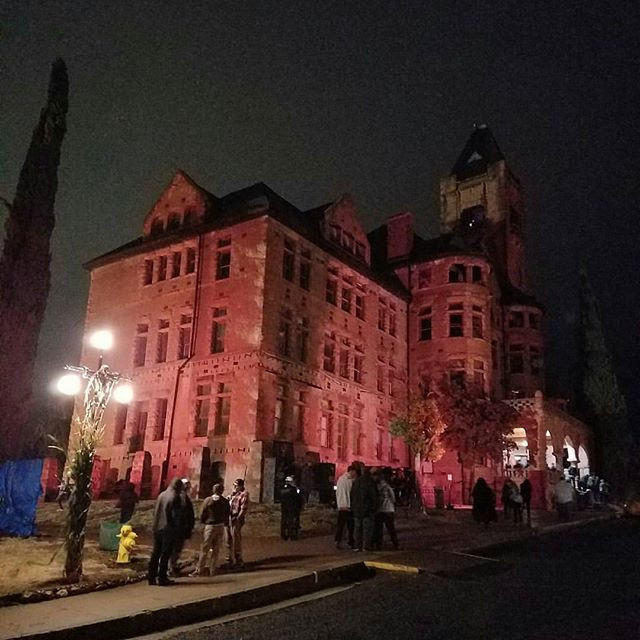 Last night skeleton Crew went to the Preston Castle Haunt. _Anyone in the area should go to the event.jpg