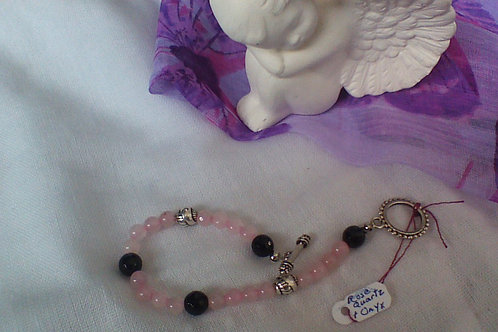 Rose Quartz &  Onyx bracelet with toggle clasp