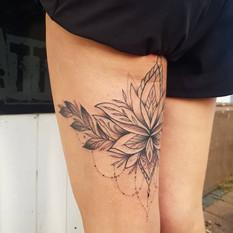 leg geometric lotus tattoo.jpg