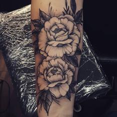 roses black and grey.jpg