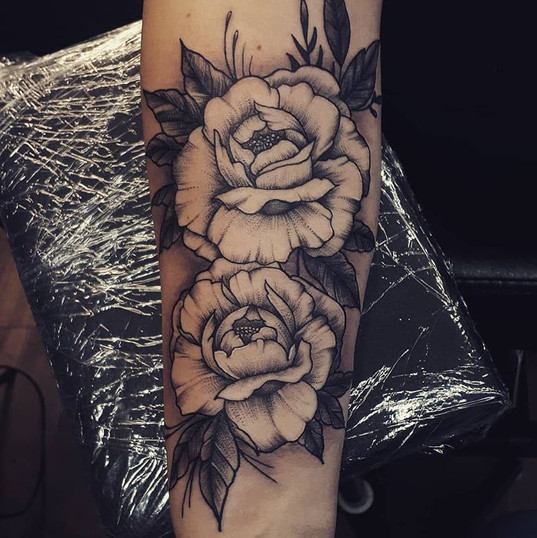 roses black and grey.jpg
