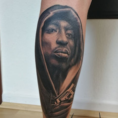 tu pac tattoo portrait.jpg