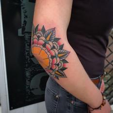 Elbow Mandala Oldschool tattoo.jpg