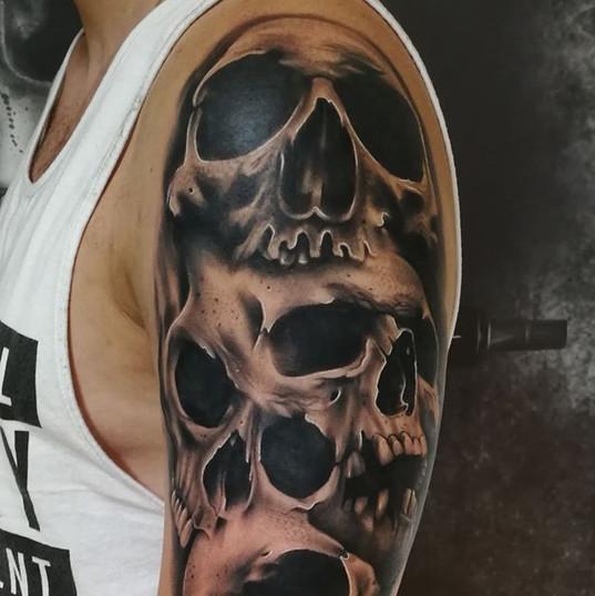 skulls tattoo.jpg