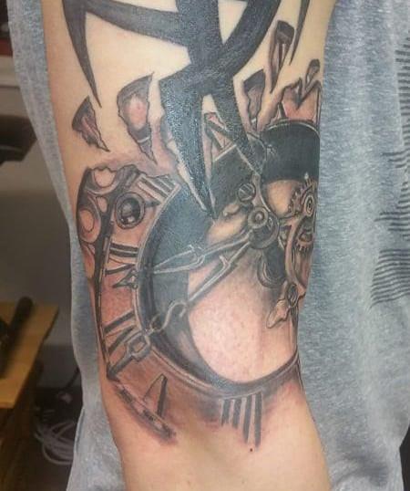 clock tattoo.jpg