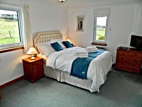 Wardicott b&b kingsize room with garden view,luxury,bed and breakfast,quality,egyptian cotton,isle of lewis,hebrides,outer hebrides,western isles