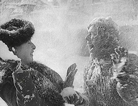movie-snow-by-david-hinton-still-mask9.j