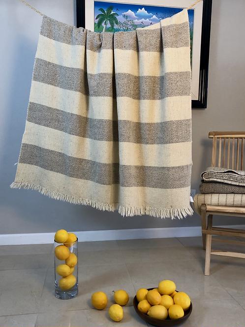 Transylvania Blanket Honey Combs Stripes