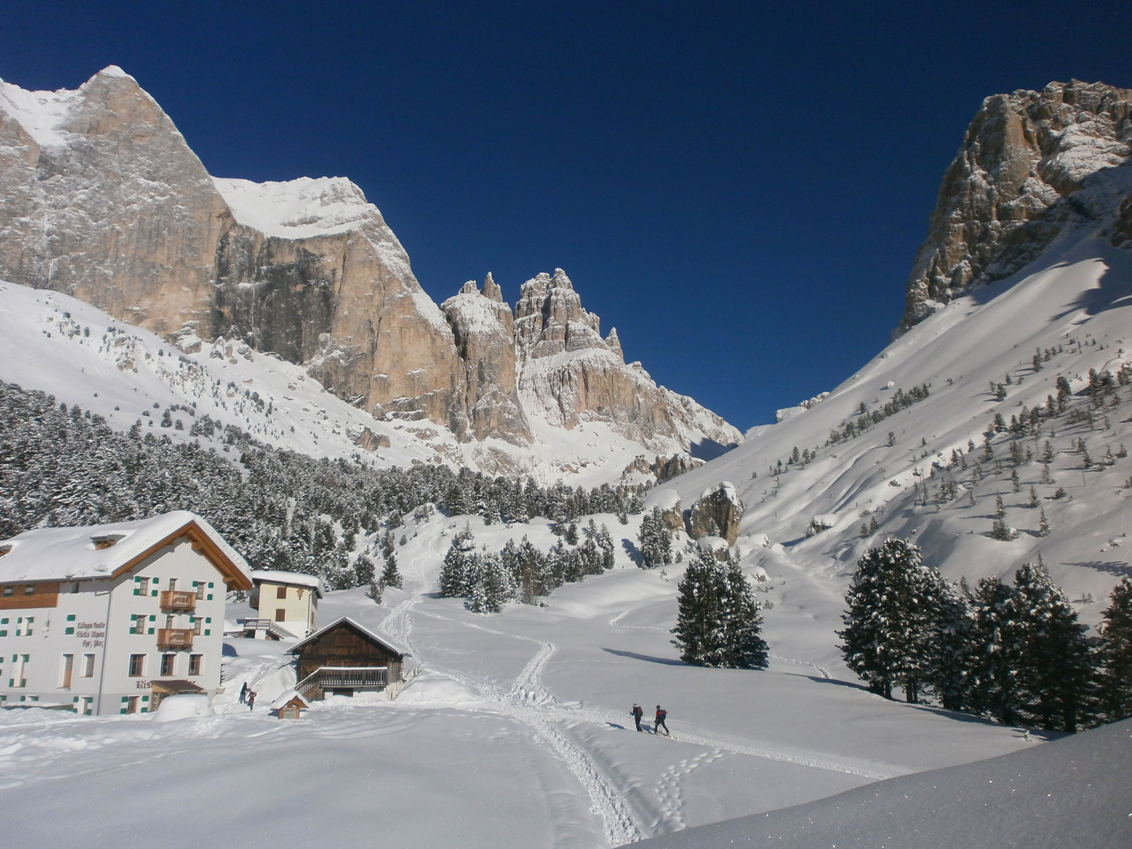 Valle-del-Vajolet-con-Catinaccio