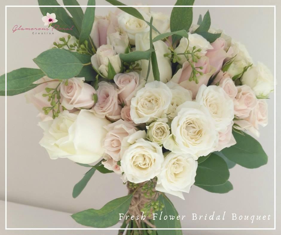 粉紅白玫瑰小玫瑰鮮花花球