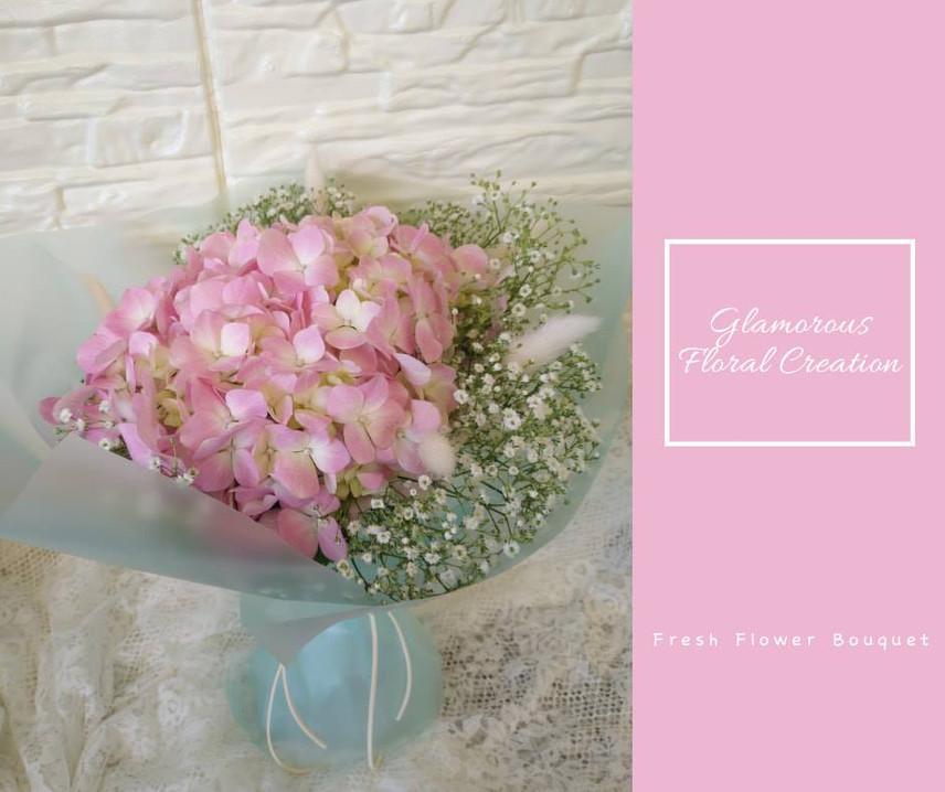 粉紅繡球滿天星鮮花花束