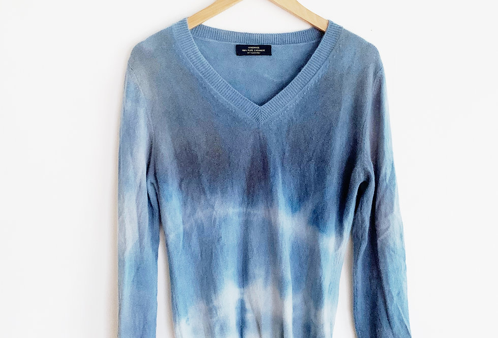 Dyed Cashmere Sweater | Size Medium