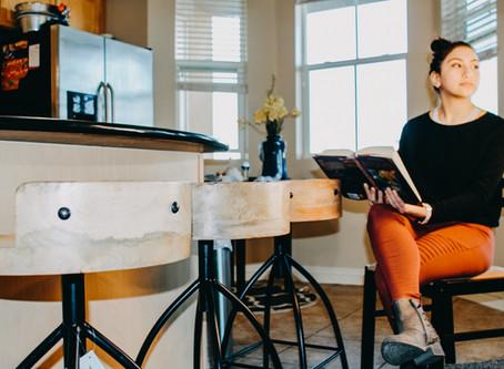 8 Modern Bar Stool Designs That Work in Every Kitchen
