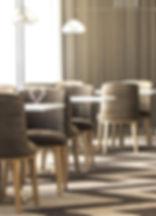 SILVIA Silla moderna tapizada