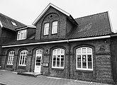 Außenansicht der Hilfestation Ammerland in Bad Zwischenahn (der Bahnhof)