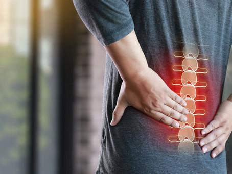 Der Rückenschmerz: eine deutsche Volkskrankheit und wie die Osteopathie helfen kann.