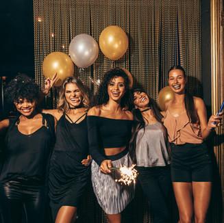 Gruppenfoto an einer Party