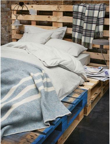 lit-chambre-garcon-avec-palette-bois.jpg