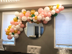 Baby shower balloo garland pink white gold green