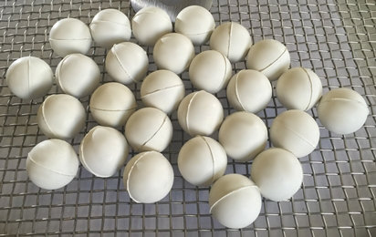 De-blinding Balls