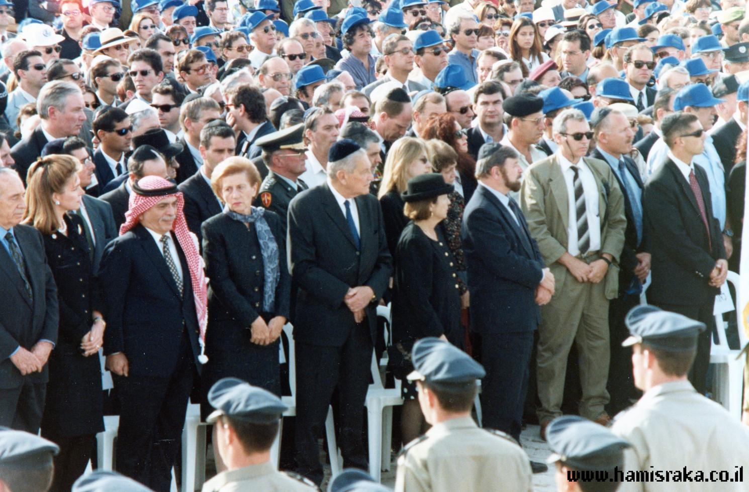 Pnina-Bor-Rabin-Funeral-8.jpg