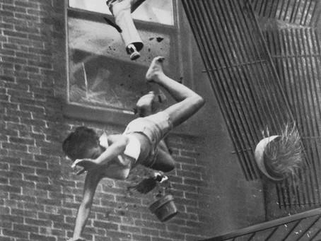 כוחו של צילום - נפילה ממרפסת