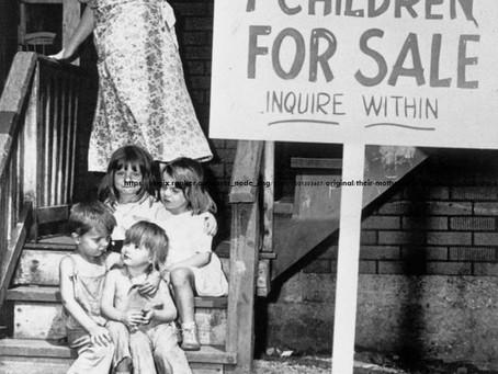 כוחו של צילום - ארבעה ילדים למכירה