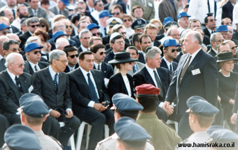 Pnina-Bor-Rabin-Funeral-2.jpg